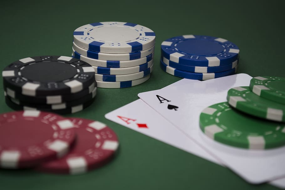 Look Ma; You Can Build A Bussiness With Online Gambling